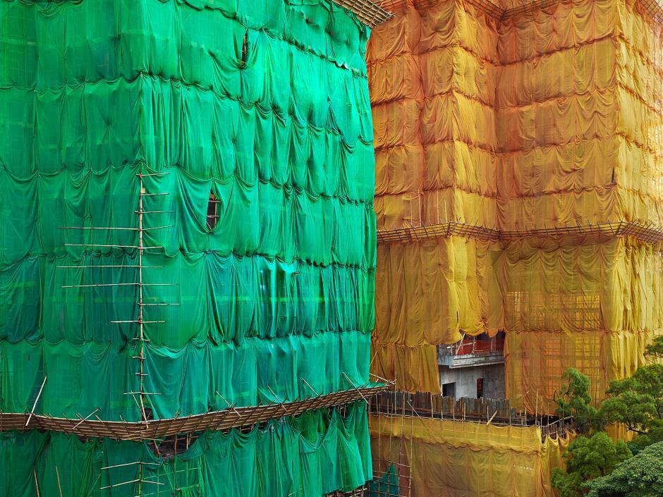 [Ảnh] Ấn tượng với cách người Hồng Kông xây dựng những tòa nhà chọc trời chỉ với giàn giáo bằng tre - Ảnh 8.