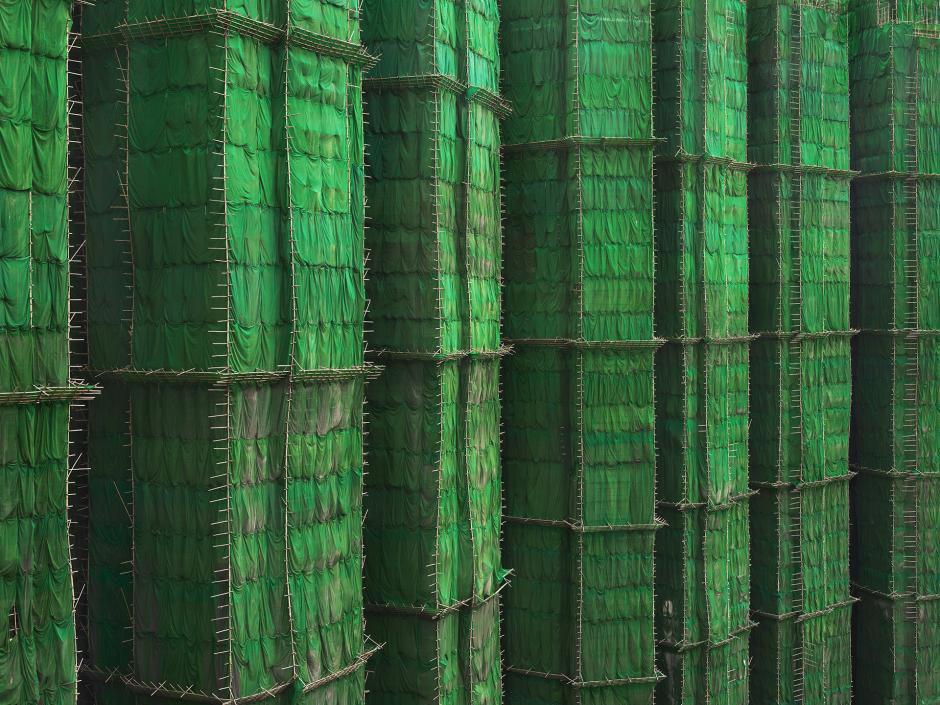 [Ảnh] Ấn tượng với cách người Hồng Kông xây dựng những tòa nhà chọc trời chỉ với giàn giáo bằng tre - Ảnh 6.