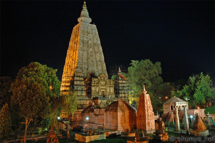 Vì sao Phật giáo suy tàn tại Ấn Độ?