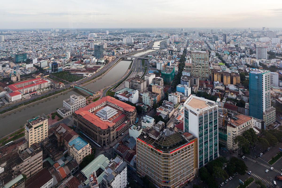 Các thành phố ở ta giống như một cái làng to