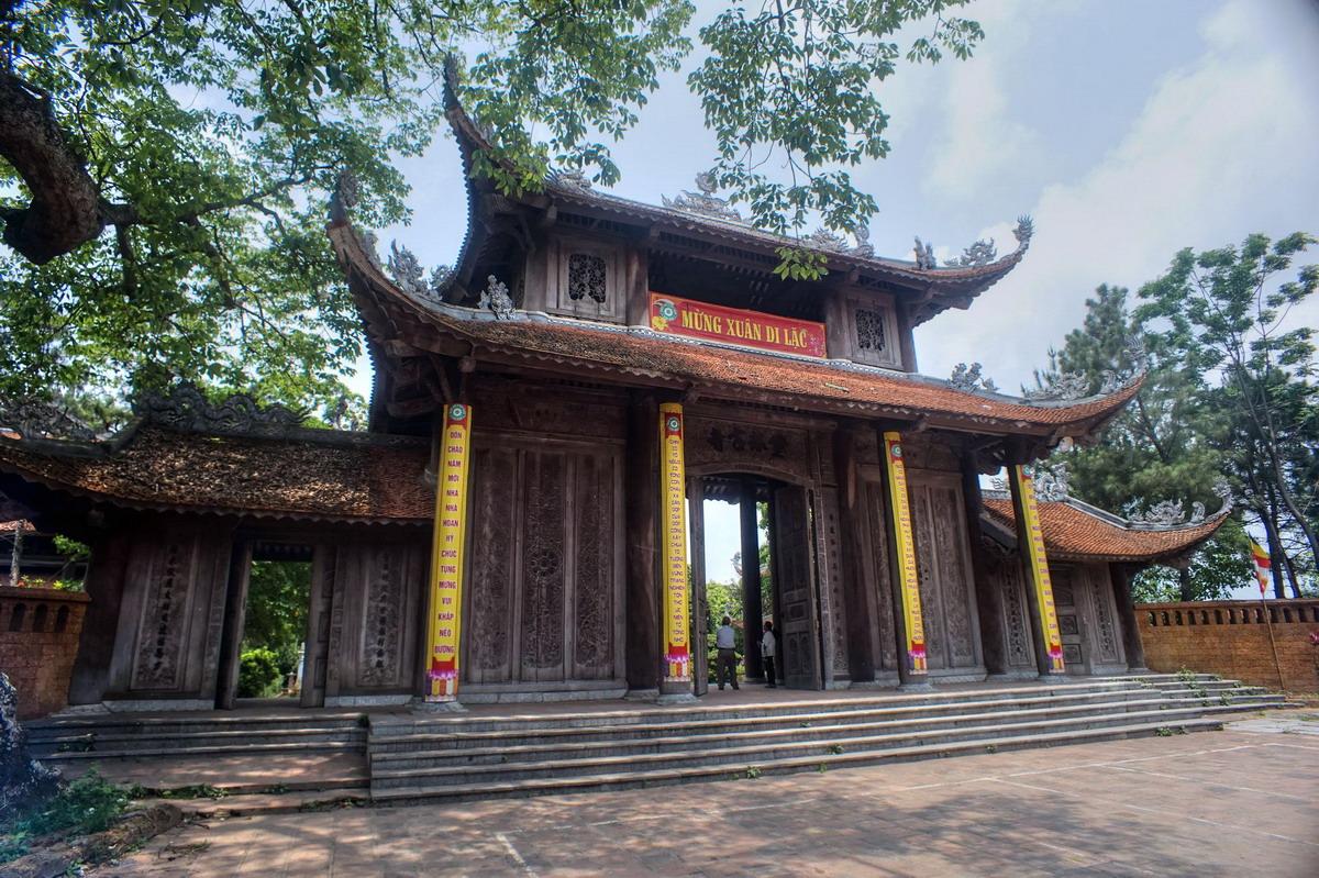 Mấy nét đặc sắc về nghệ thuật của văn học Phật giáo Việt Nam