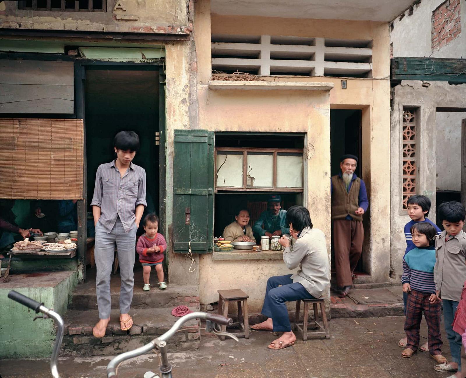 Ngắm Hà Nội thập niên 1980 – 1990 qua ảnh của người Mỹ