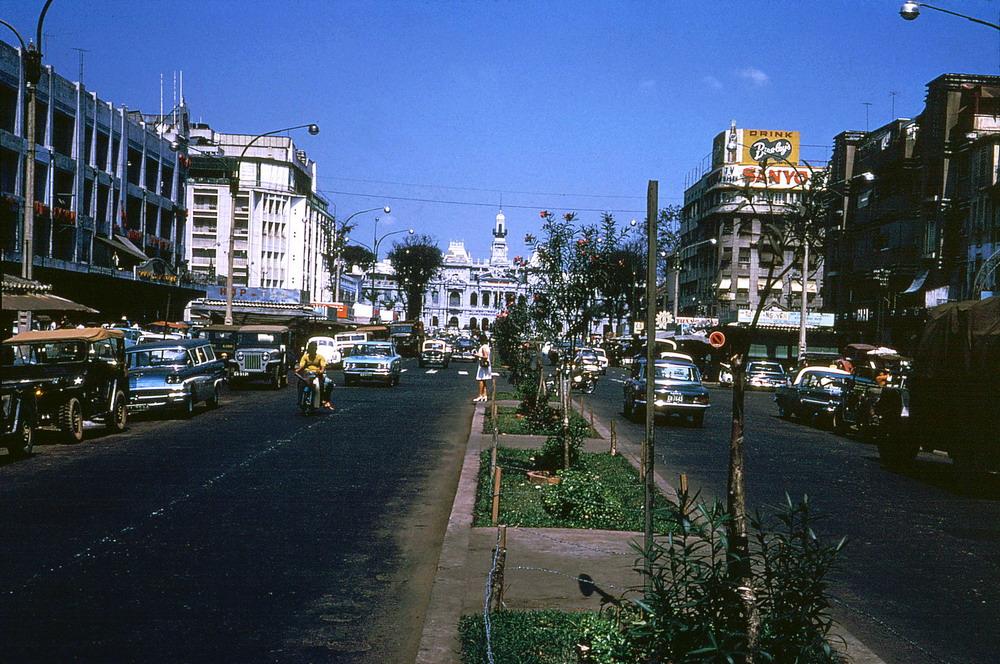 Chùm ảnh: Miền Nam Việt Nam 1971 qua ống kính Douglas Elgin