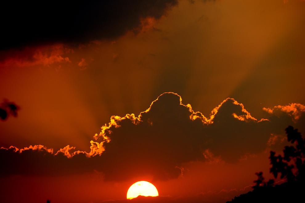 Chùm ảnh: Choáng ngợp trước vẻ đẹp của bầu trời