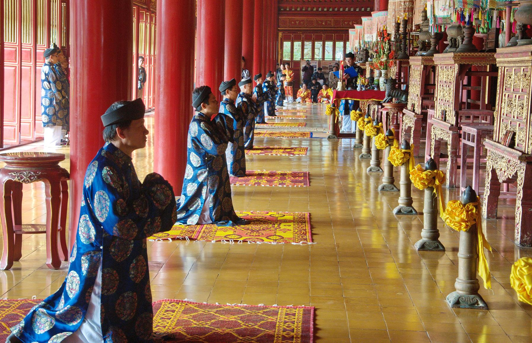 Tôn giáo và nghi lễ tại các triều đình của Đại Việt