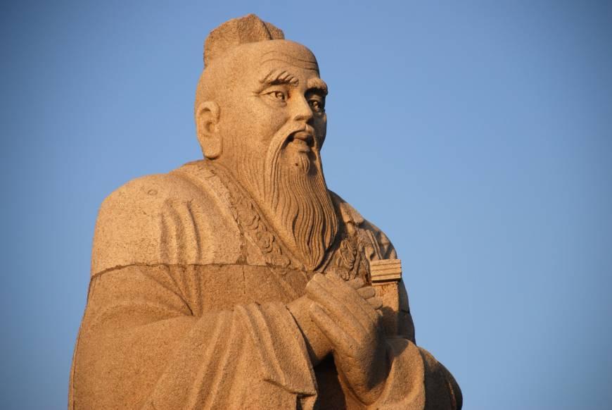 Văn hóa phương Đông dung dưỡng tư tưởng độc tài, phi dân chủ?