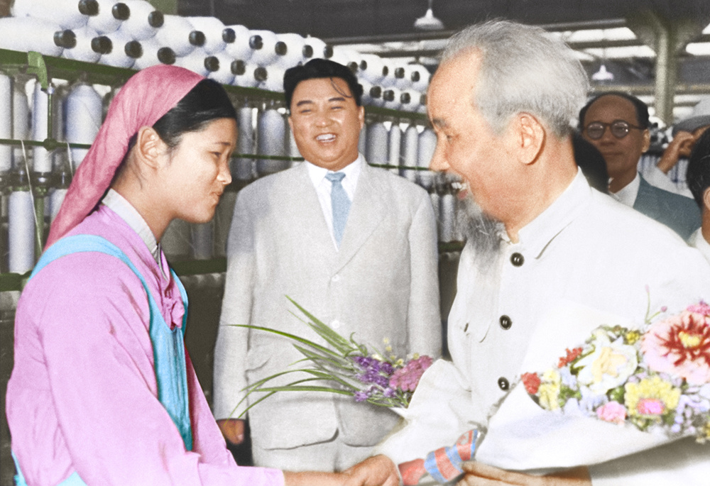 Những hình ảnh lịch sử quý giá về mối quan hệ Việt Nam – Triều Tiên