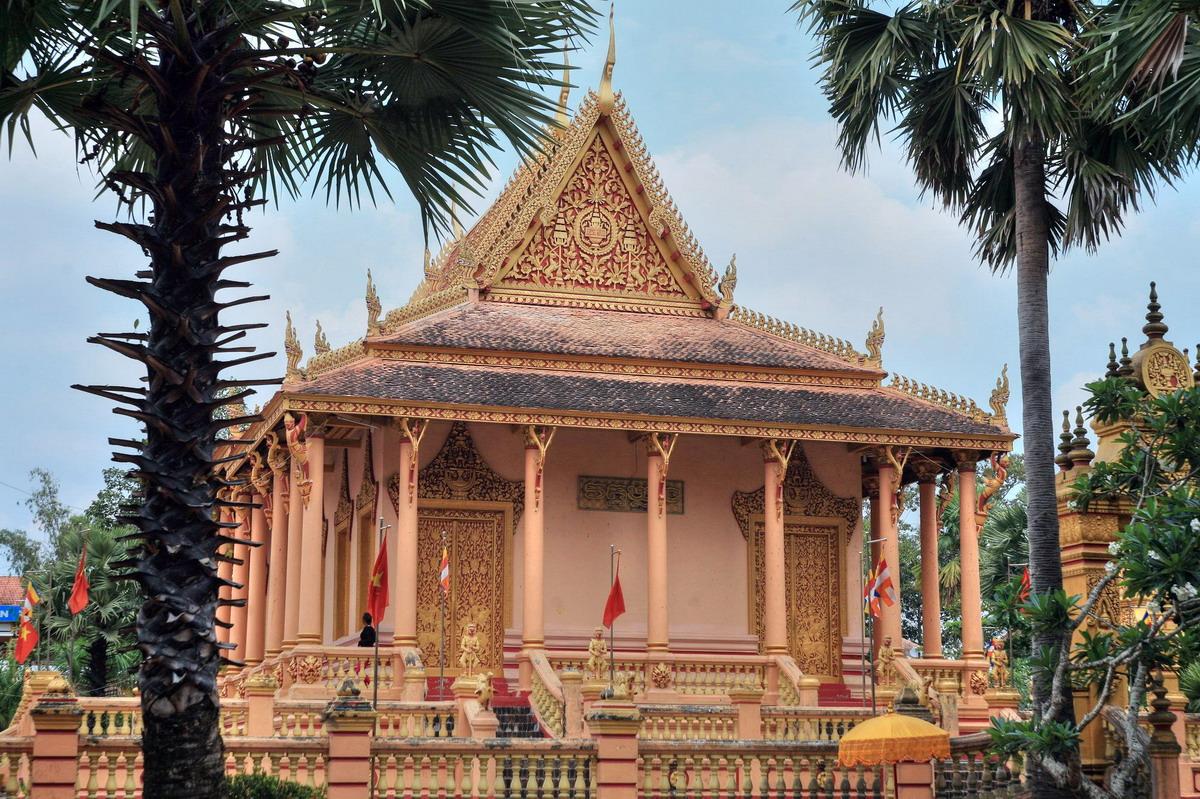 Chùm ảnh: Kiến trúc đặc sắc của chùa Kh'Leang ở Sóc Trăng