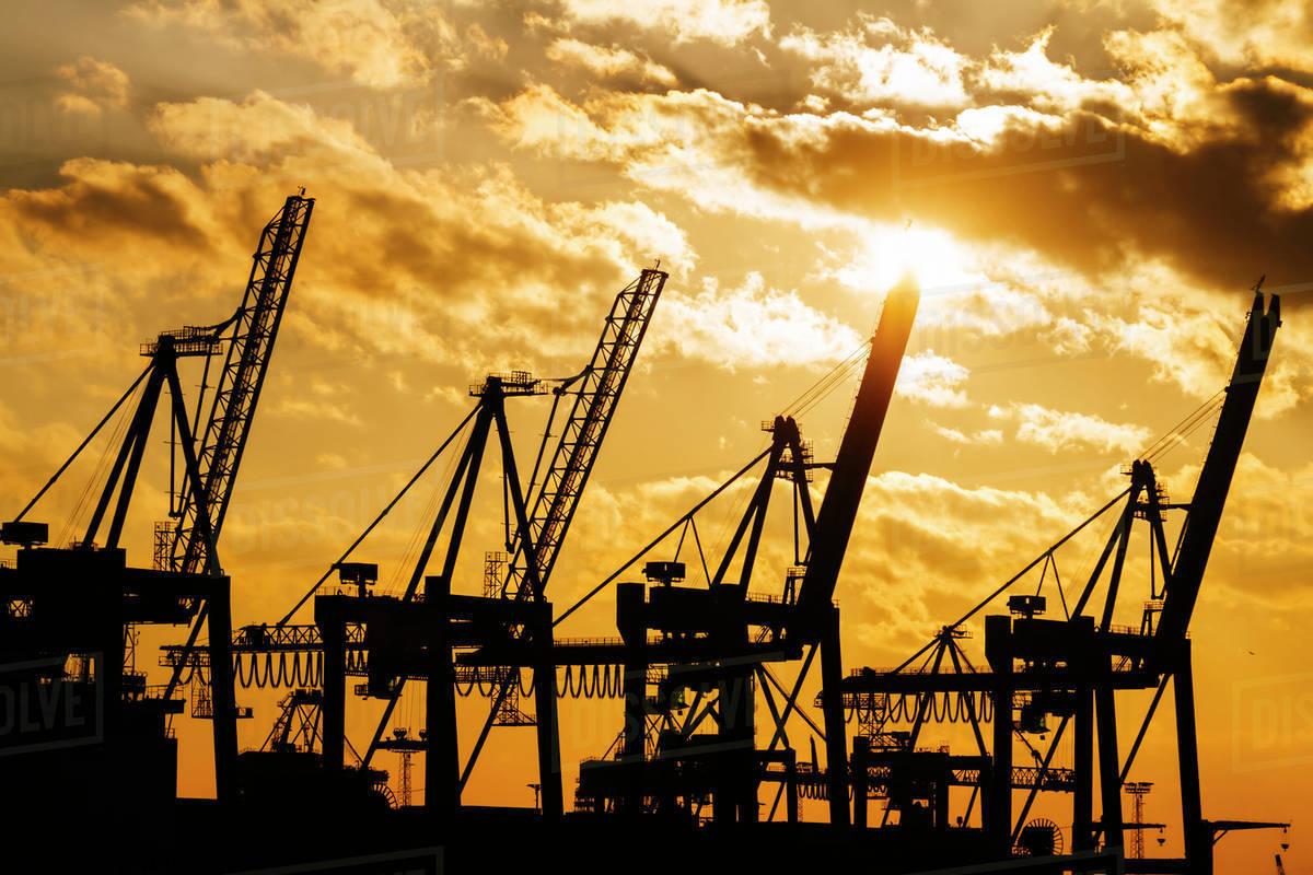 Những điều cần biết về trừng phạt kinh tế trong quan hệ quốc tế