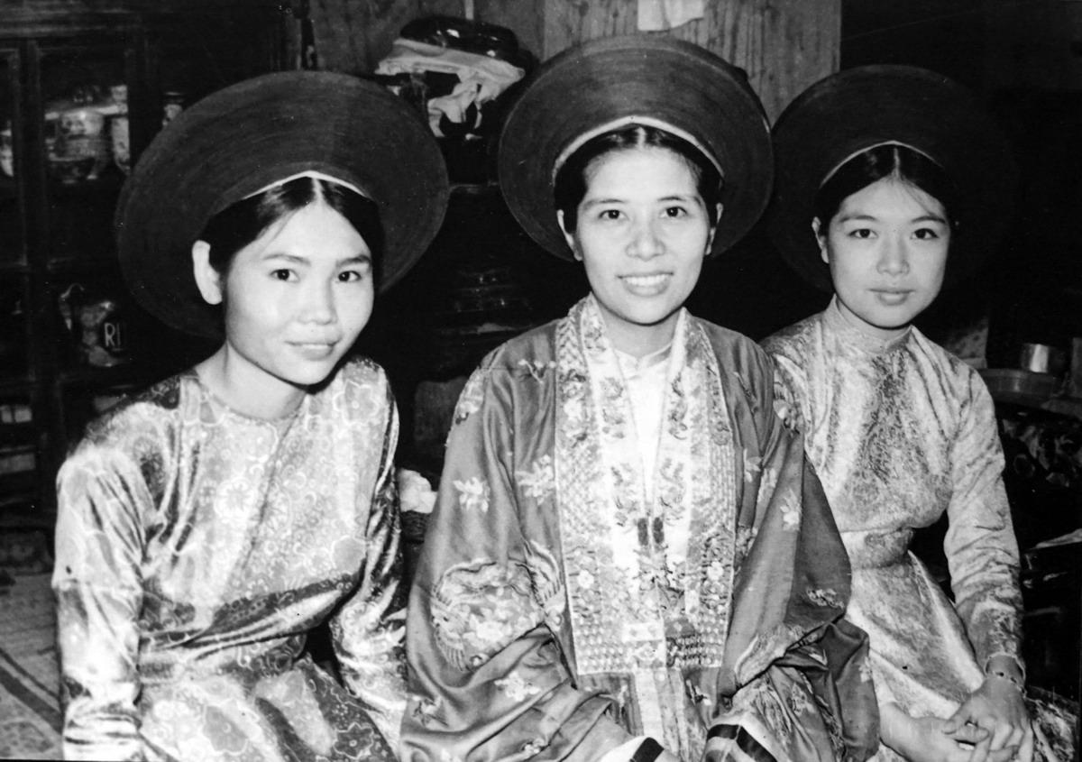 Chùm ảnh: Một đám cưới của người giàu ở Huế năm 1969