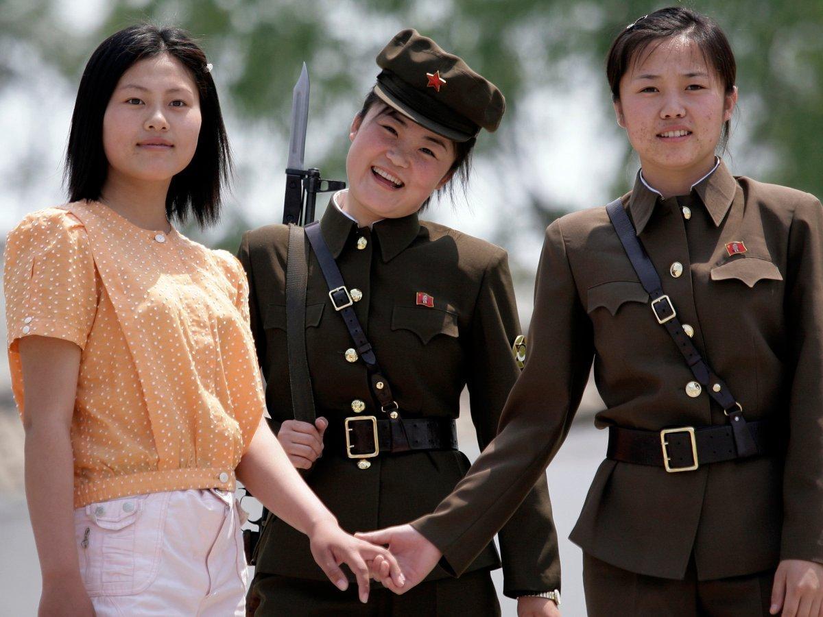 Điều gì đã khiến CHDCND Triều Tiên trở thành một 'quốc gia ẩn dật'?