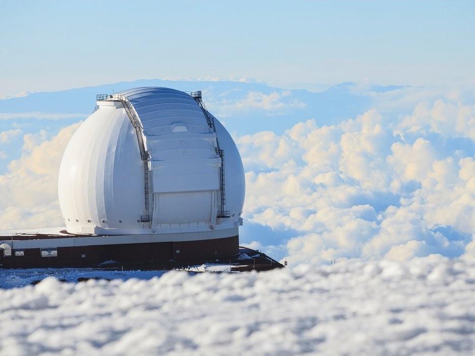 Mauna Kea, Hawaii: Nằm ở độ cao 4.206 m so với bãi biển Hilo là đỉnh Mauna Kea hùng vĩ và hoàn toàn không dành cho những người yếu tim.