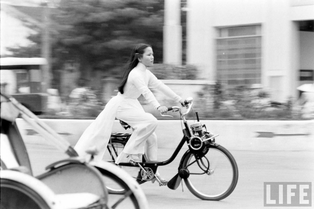 Những quan điểm thẩm mỹ mới trong thiết kế áo dài ở Việt Nam thế kỷ 20