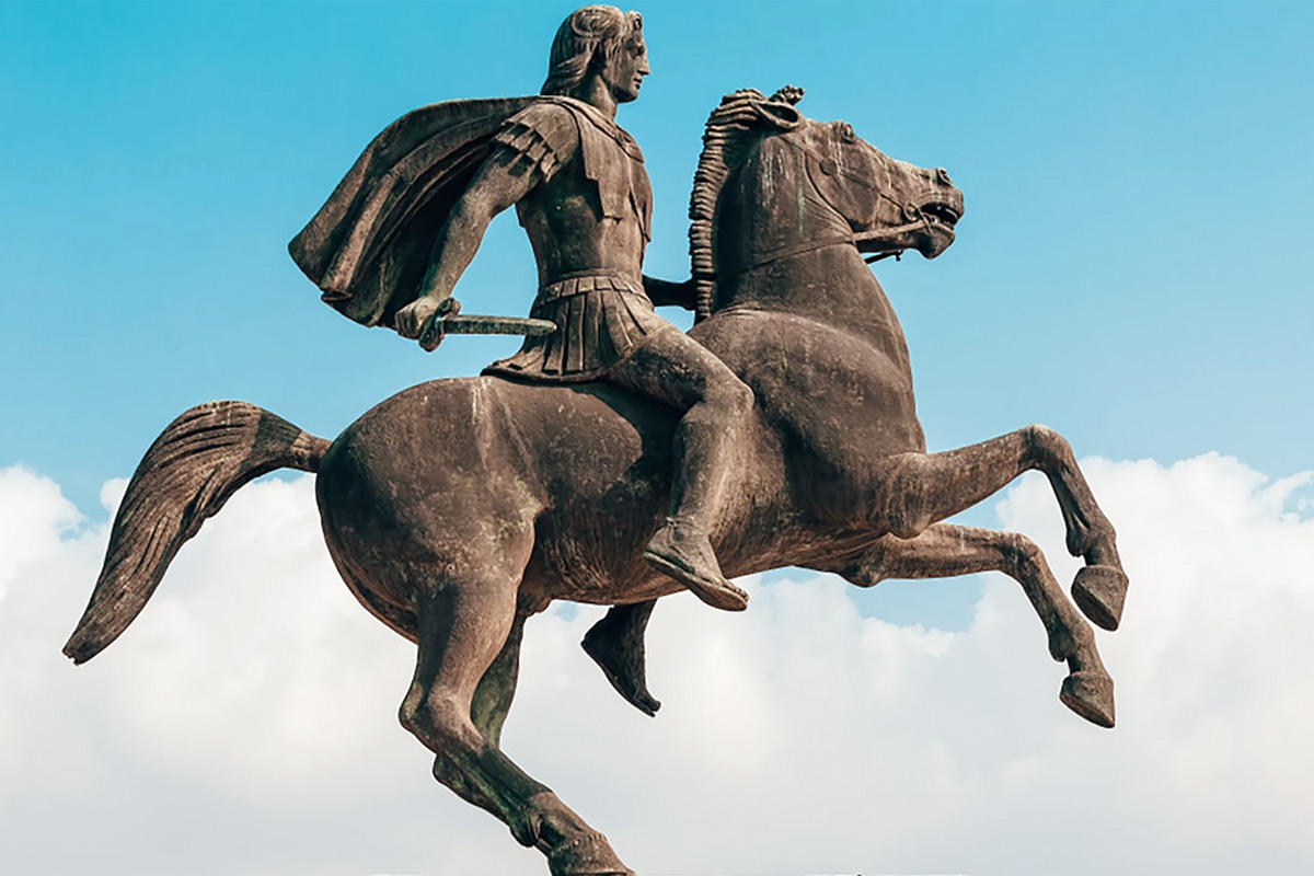 Những danh tướng huyền thoại trên lưng ngựa