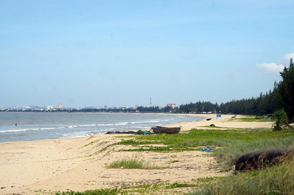 Chùm ảnh: Bãi biển Xuân Thiều – nơi quân Mỹ lần đầu đổ bộ vào Việt Nam
