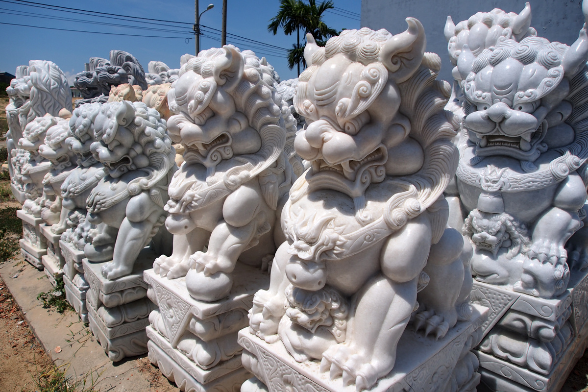 Khi đàn sư tử đá Trung Hoa ngồi chồm hỗm khắp đất nước Việt Nam