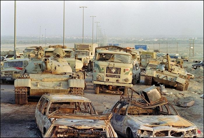 """5. """"Việc tấn công những người lính đang trở về nhà trong trường hợp này là một tội ác chiến tranh"""", Joyce Chediac."""