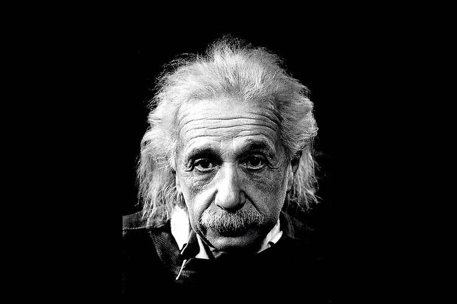 10 triết lý sống tuyệt vời của Albert Einstein