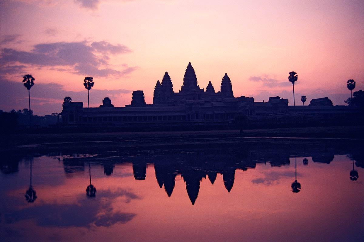 Đại Việt, Xiêm La và cuộc tranh giành quyền kiểm soát Khmer