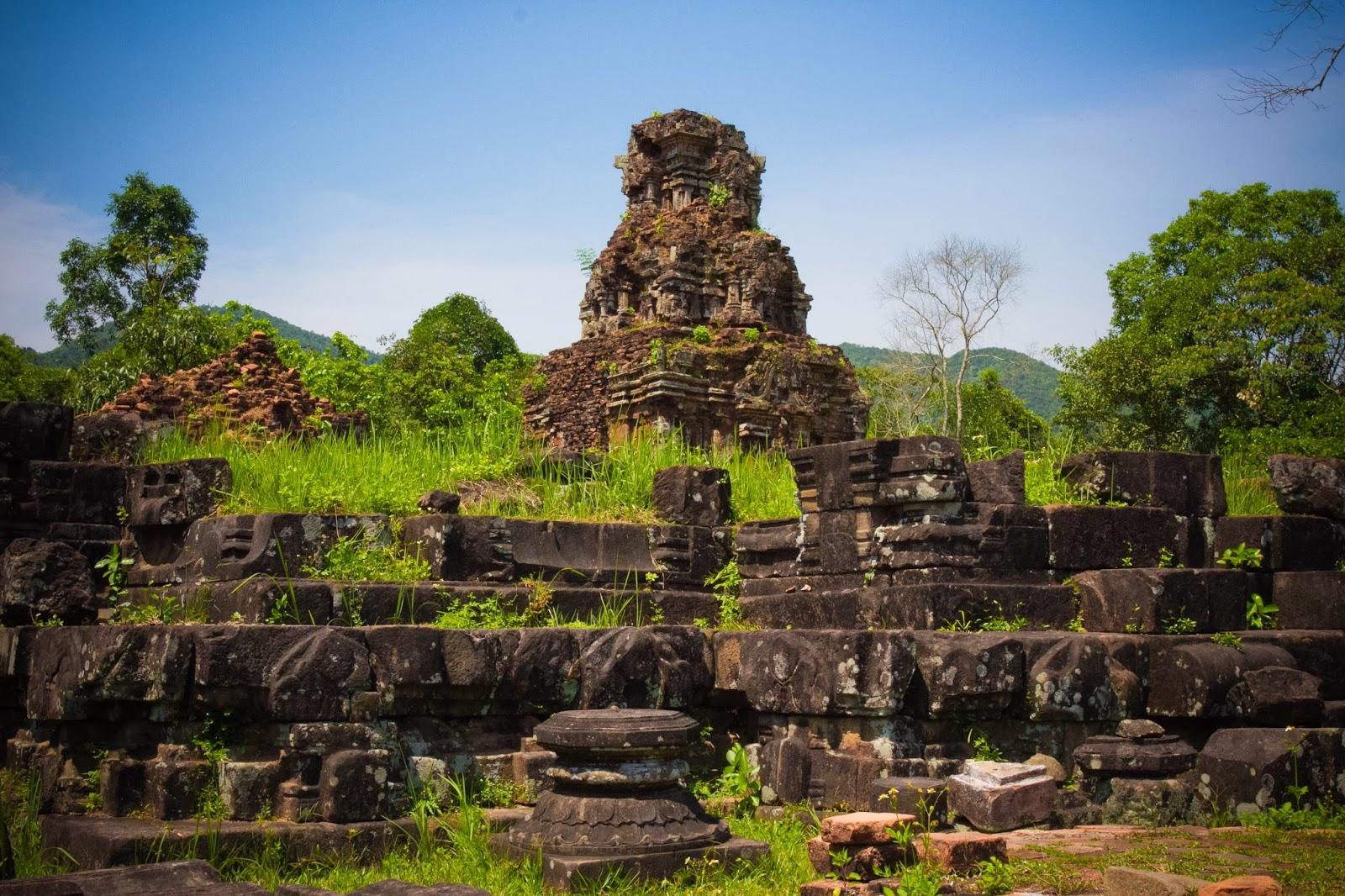 Những nguyên nhân dẫn đến sự suy tàn của vương quốc Champa