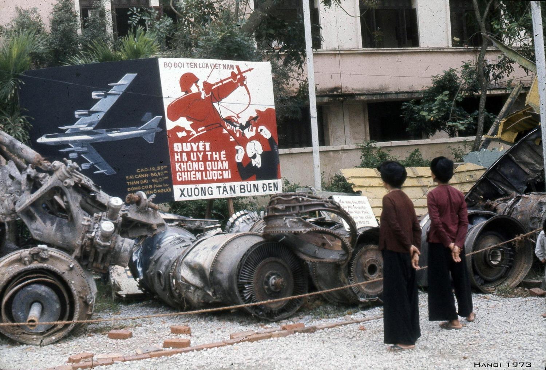 Chùm ảnh: Triển lãm 'sắt vụn' của Mỹ ở Hà Nội năm 1973
