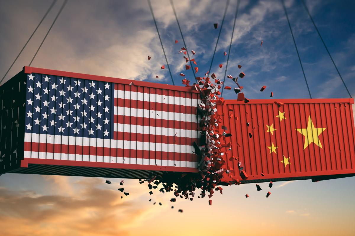 Một cái nhìn từ nước Mỹ: Khi 'kẻ cắp' Trung Quốc gặp 'bà già' Donald Trump