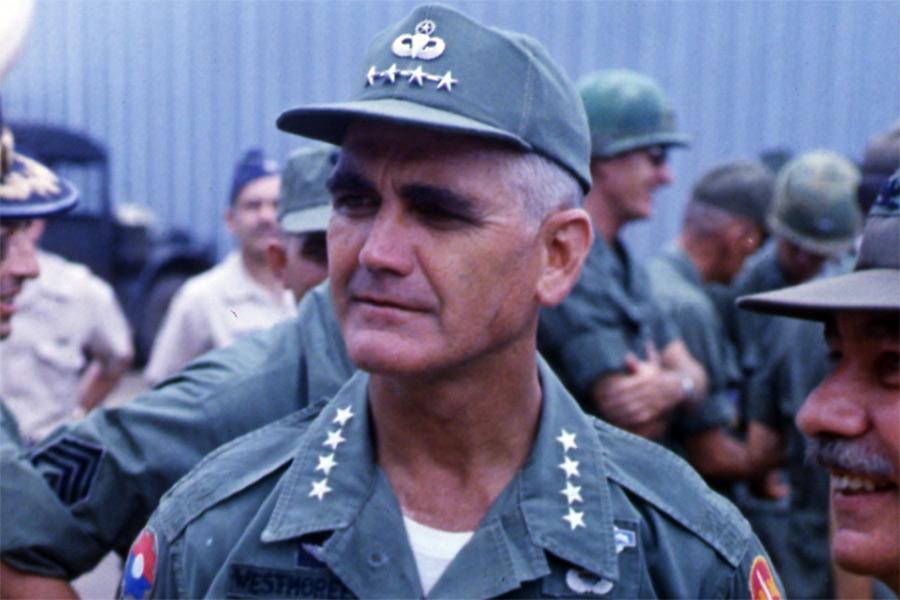 Nỗi hậm hực của Đại tướng Westmoreland với truyền thông Mỹ