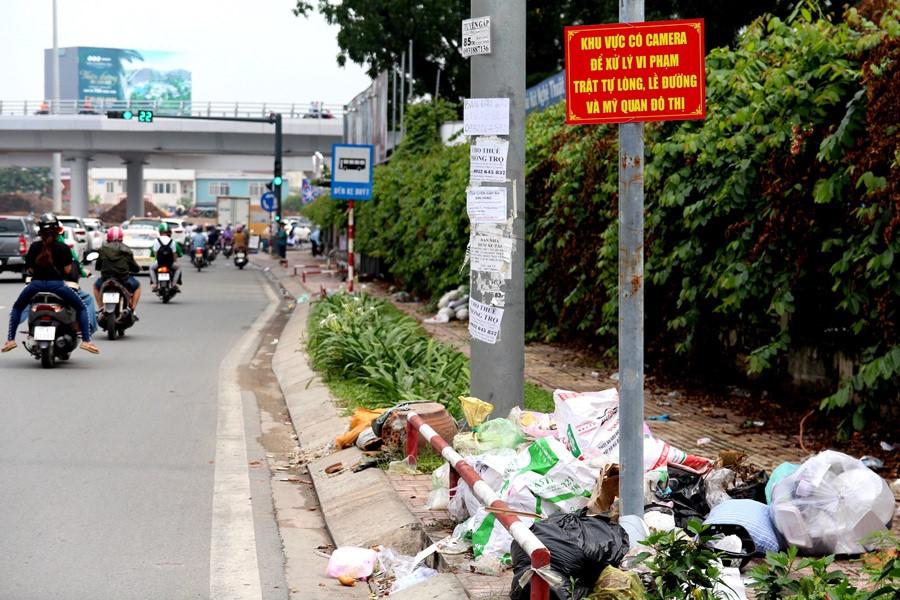 Góc nhìn của một người nước ngoài về văn hóa ứng xử với rác thải của người Việt