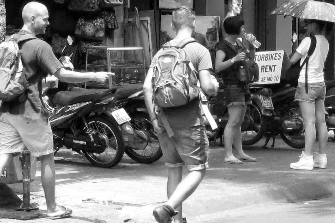 Về thuyết ngã tâm và thói vọng ngoại của người Việt