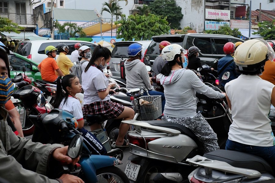 Năng khiếu ngụy biện cho cái xấu của người Việt