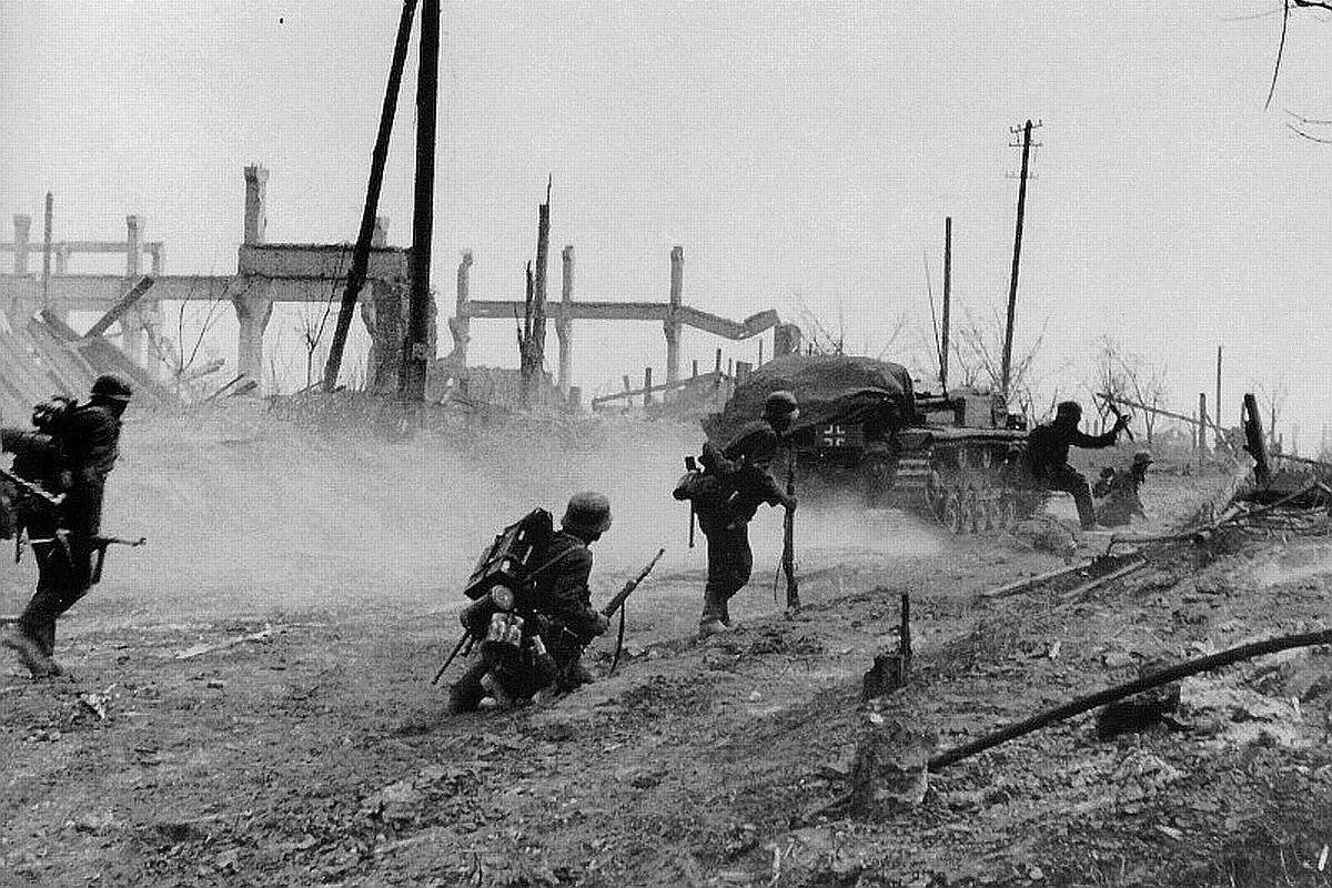 Những chiến dịch quân sự đẫm máu nhất thế kỷ 20