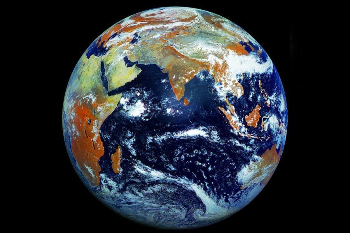 Bảo vệ hành tinh – quan điểm của thiền sư Thích Nhất Hạnh
