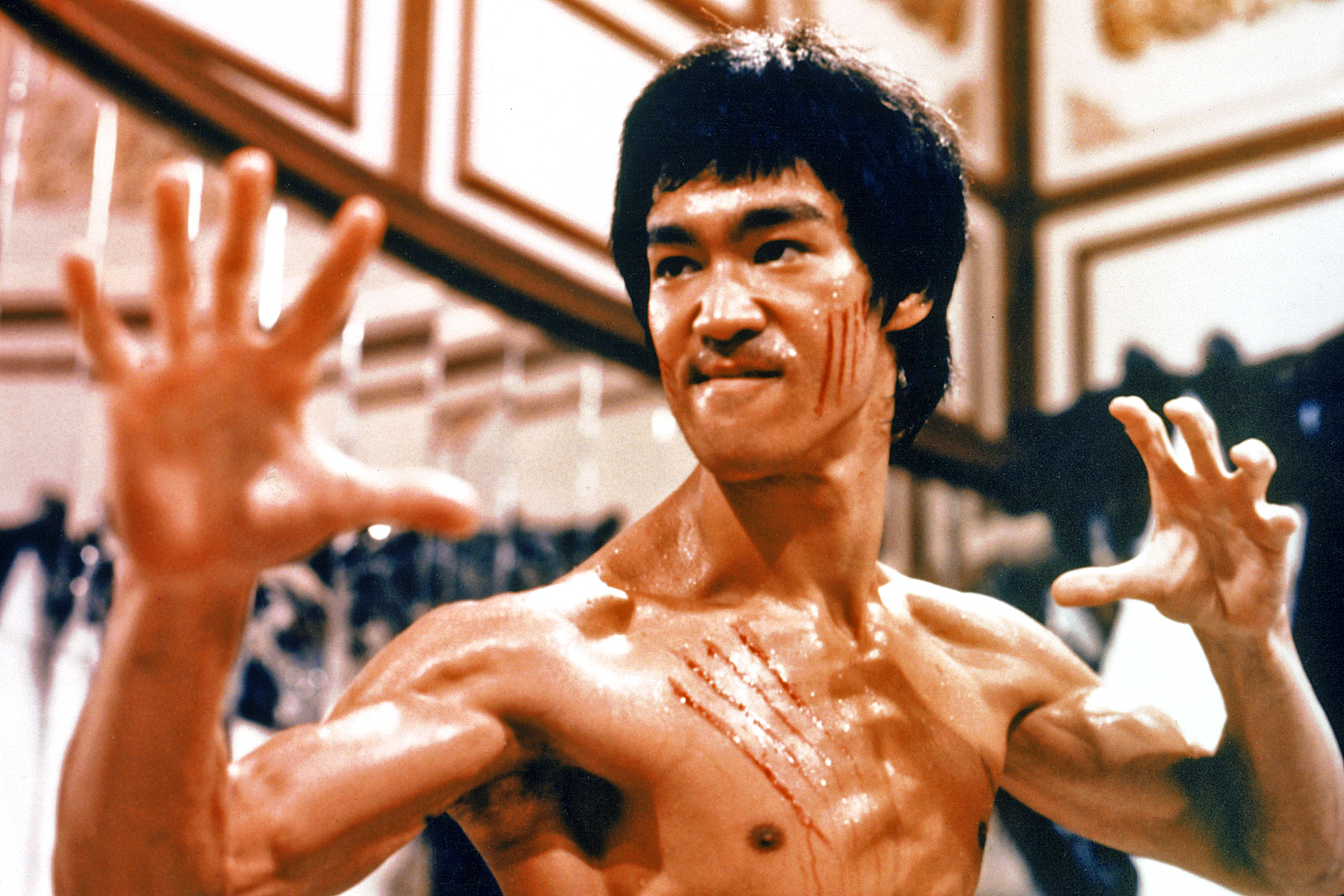Huyền thoại võ thuật Lý Tiểu Long: Từ điện ảnh đến thực tế phũ phàng