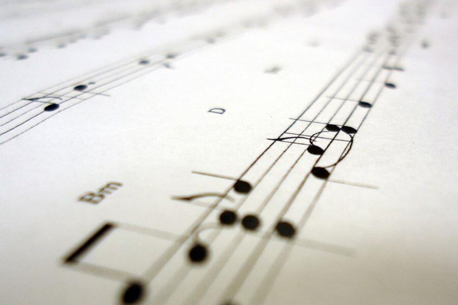 Bàn về tính thẩm mỹ trong ca từ
