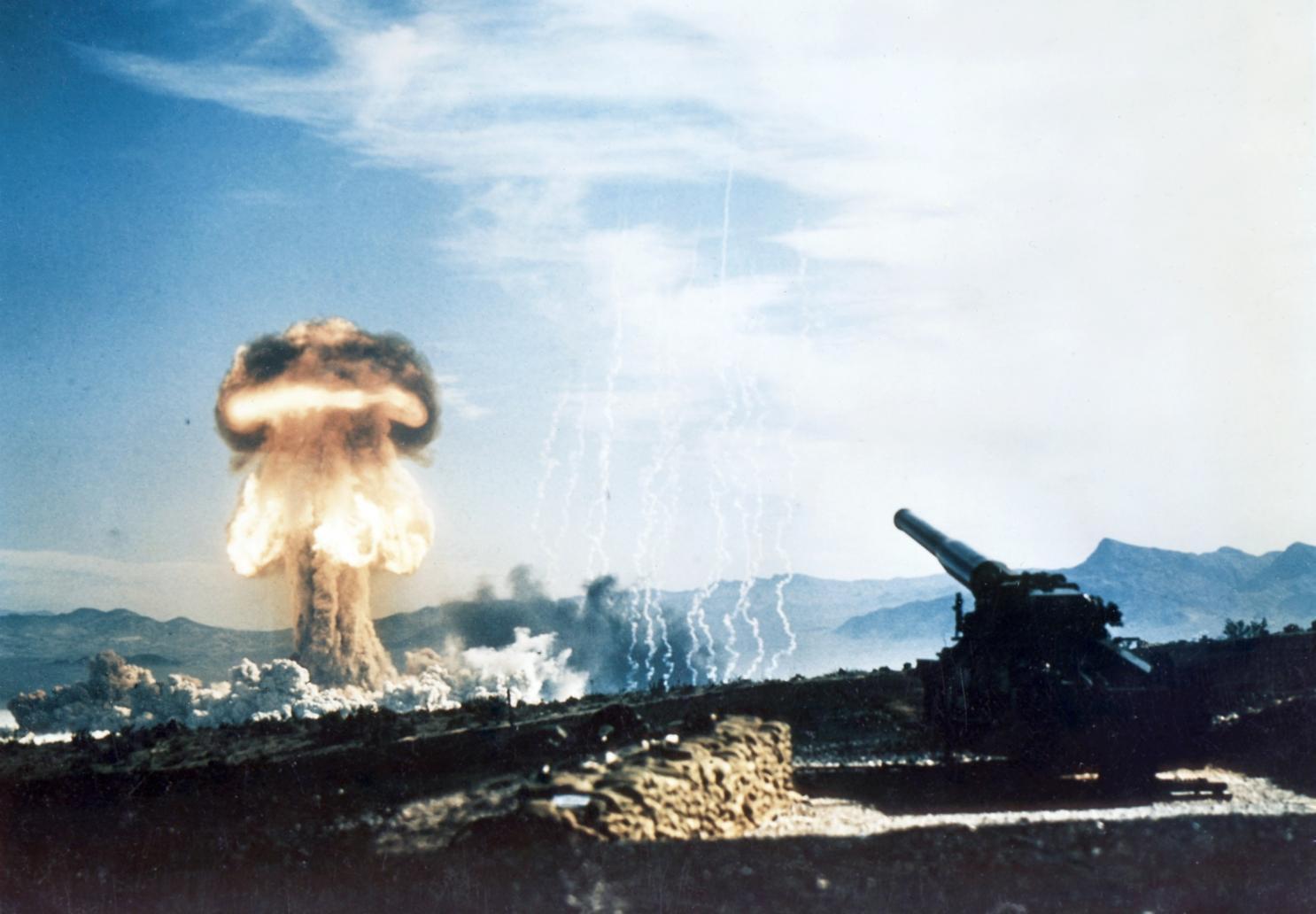 Những âm mưu tấn công hạt nhân từng đe dọa Việt Nam