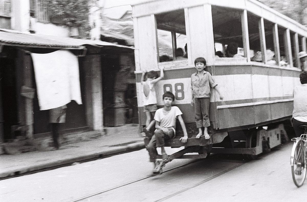 Chùm ảnh: Hà Nội xưa qua ống kính nhiếp ảnh gia Lê Vượng
