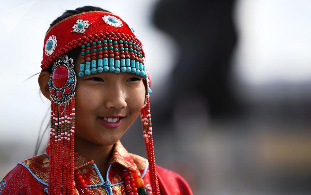 Leu Yurt, dan du muc, tuong Thanh Cat Tu Han dua du khach den Mong Co hinh anh 2