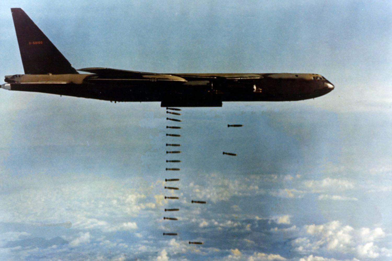 Chuyện Phòng không Việt Nam diệt B-52 Mỹ trên dãy Trường Sơn