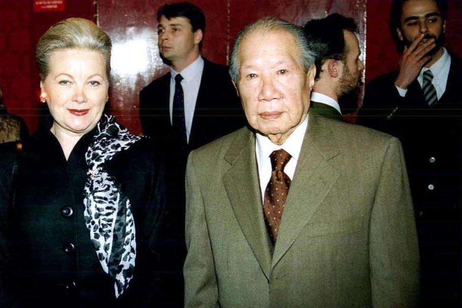 Chuyện về cựu hoàng Bảo Đại và Monique Baudot – người vợ cuối cùng