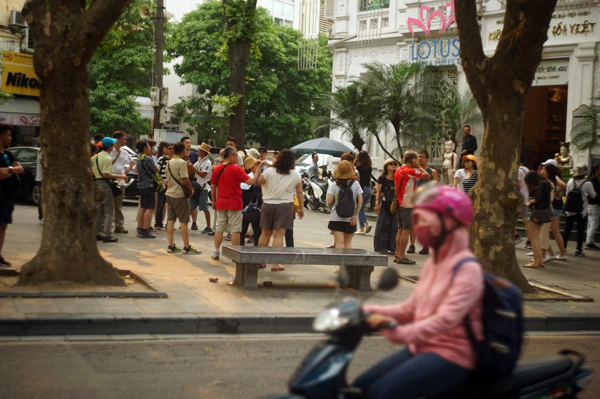 Chùm ảnh: Cận cảnh chiếc ghế đá bí hiểm nhất Việt Nam