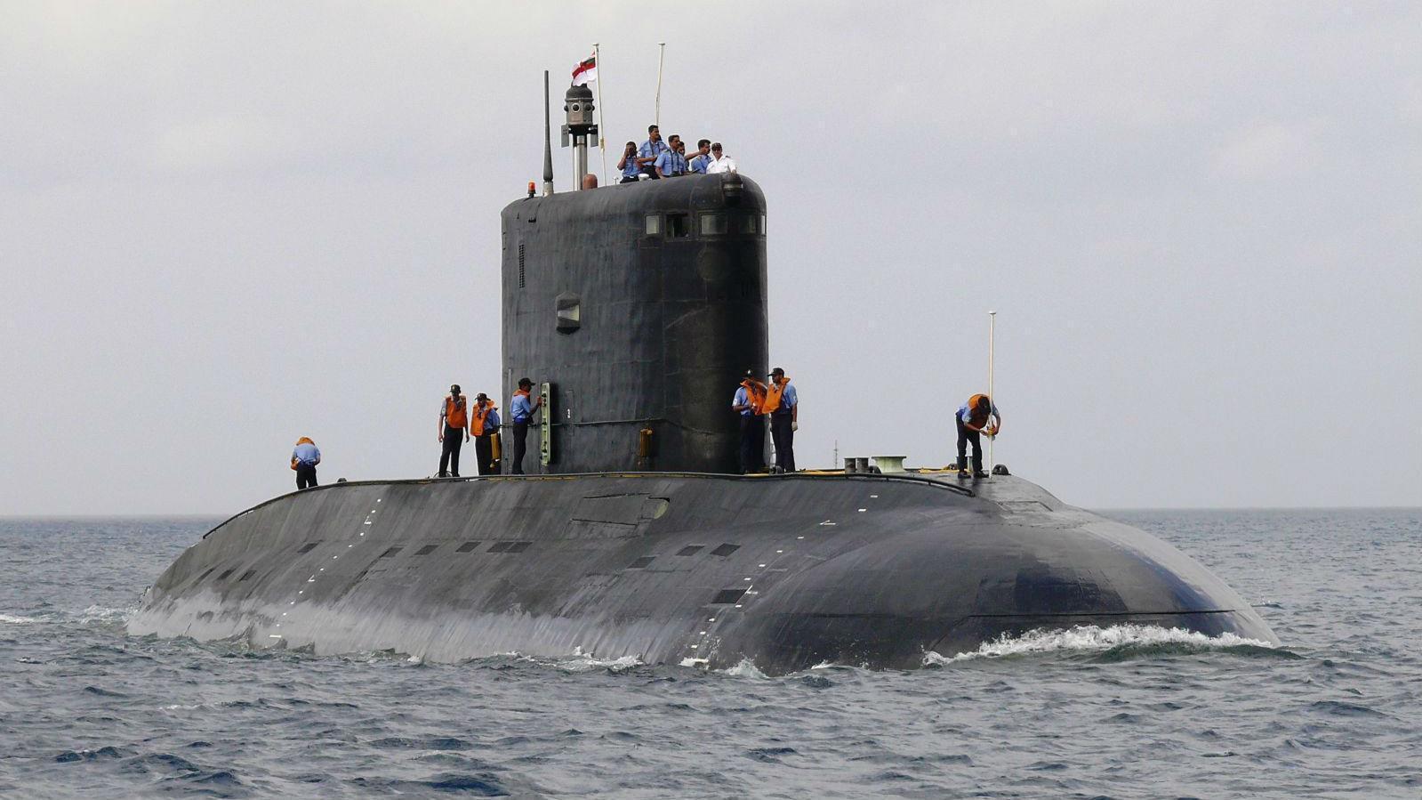 Tàu ngầm Kilo Myanmar sắp mua khác gì loại của Việt Nam?