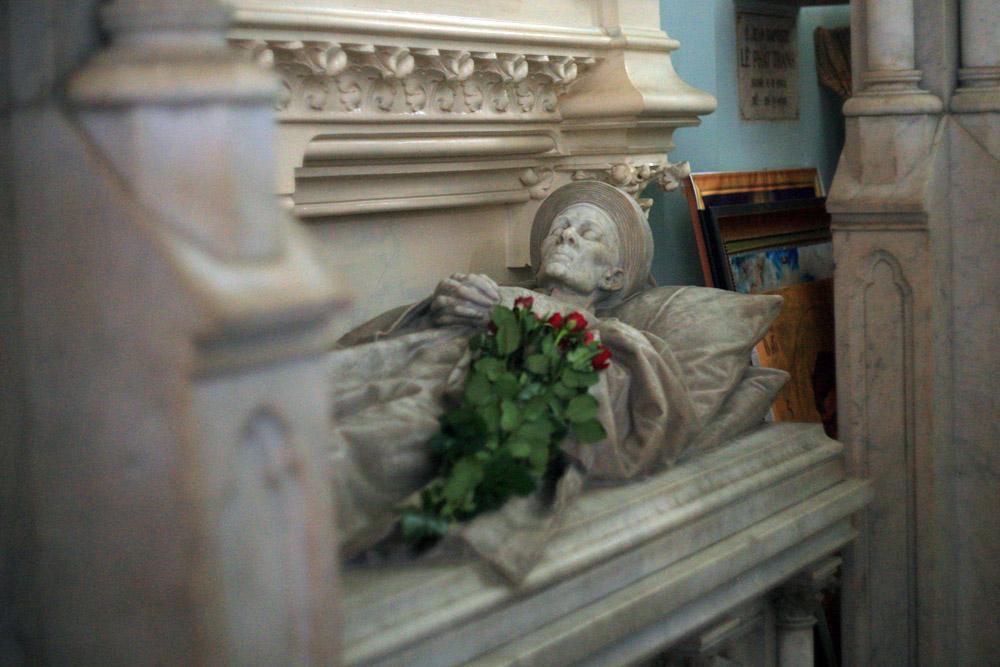 Chùm ành: Lăng mộ của Huyện Sỹ – người giàu nhất Sài Gòn xưa