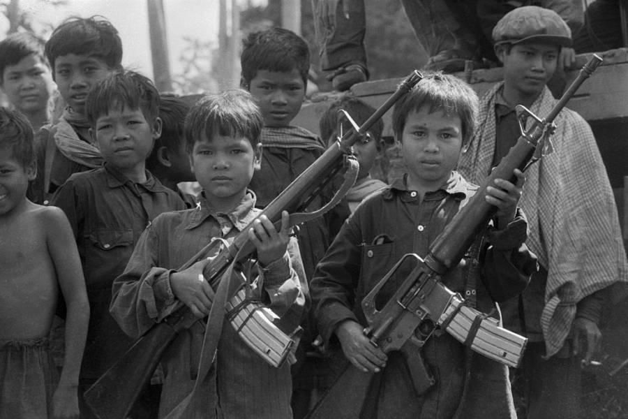 Người Trung Quốc viết về nạn diệt chủng của Khmer Đỏ