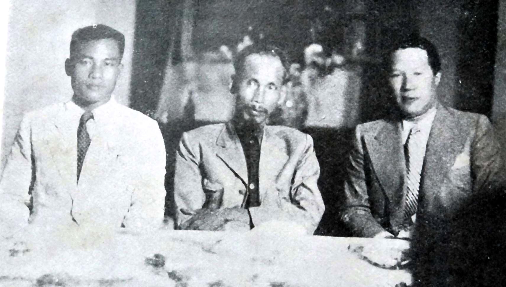 Hồi ký của cựu hoàng Bảo Đại về giai đoạn làm cố vấn tối cao cho chính phủ Hồ Chí Minh