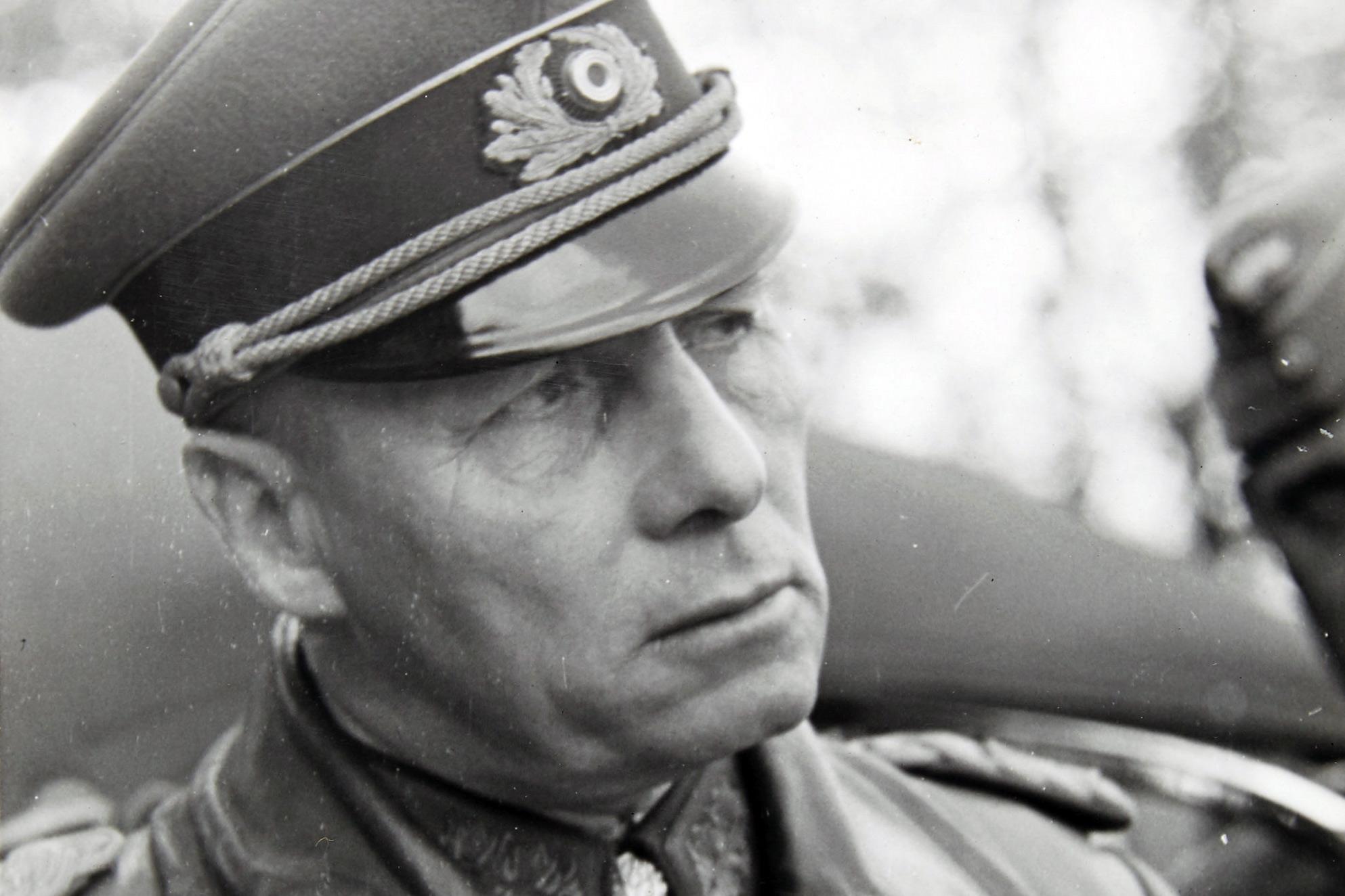 Erwin Rommel – Thống chế Đức Quốc xã được phe Đồng minh nể phục