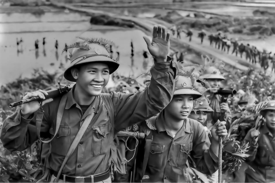 Chùm ảnh: Hậu phương miền Bắc thời chiến qua ống kính Mầu Hoàng Thiết