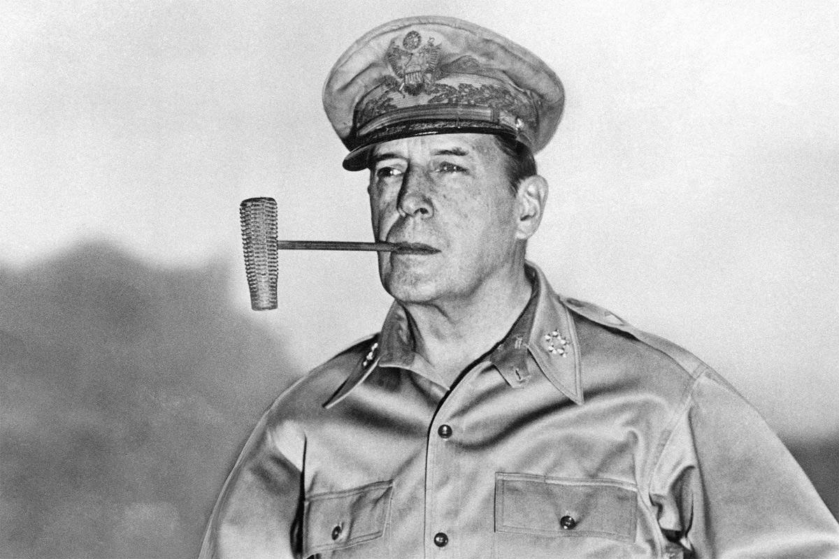MacArthur: Người mở cửa nước Nhật lần thứ hai