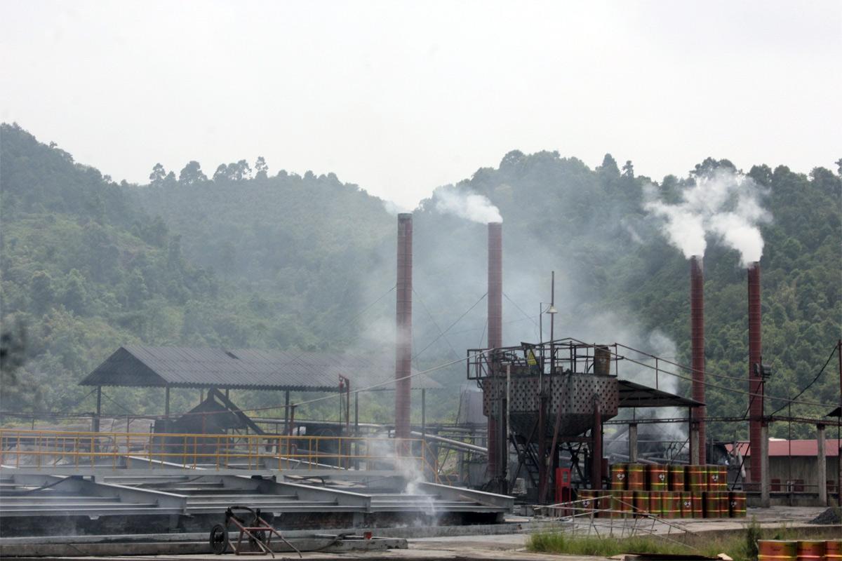 Nguồn gây ô nhiễm không khí từ các ngành công nghiệp ở Việt Nam