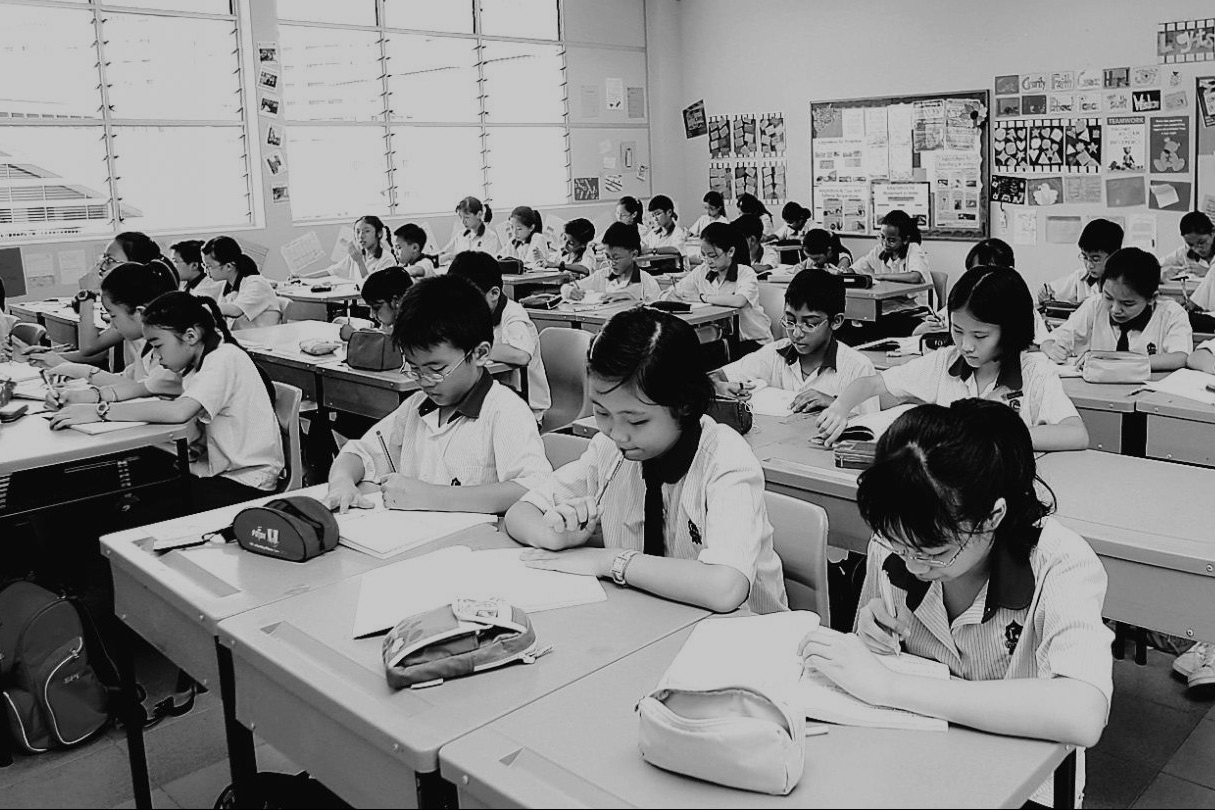 Về những mặt tối của nền giáo dục Singapore