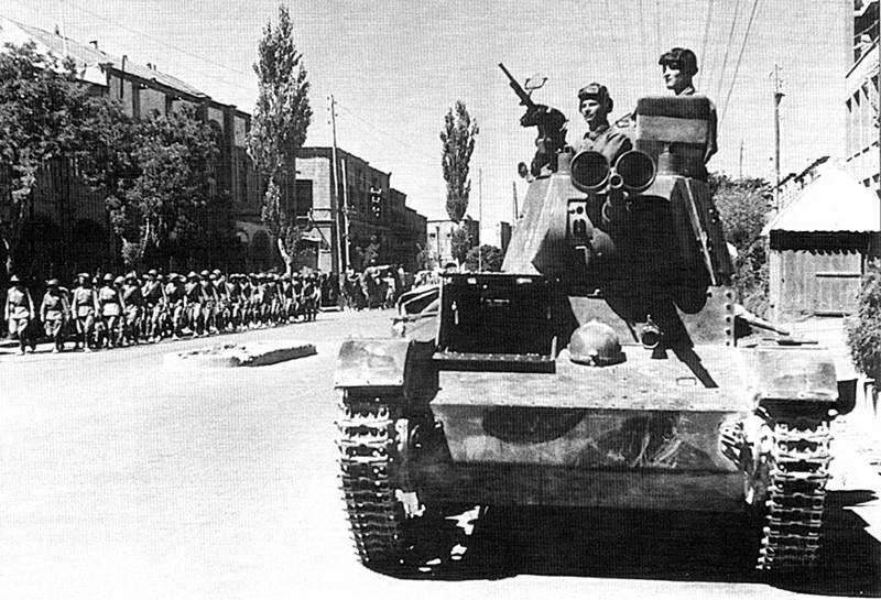 Về việc Liên Xô đưa quân đánh chiếm Iran năm 1941